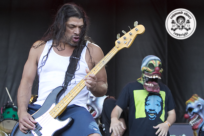 Infectious Grooves / 2013